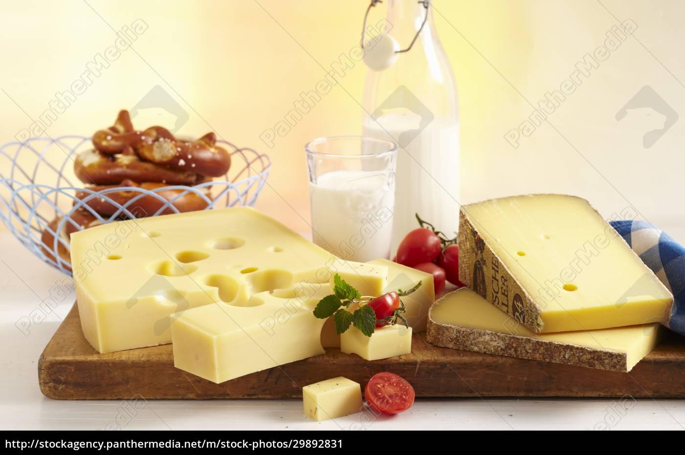 una, natura, morta, di, formaggio, con - 29892831