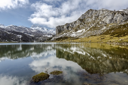 lago ercina covadonga asturie spagna