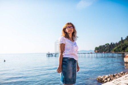 blu contesto cielo vacanze persona uno