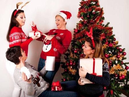rosso bianco sfondo regalo bella fiocco